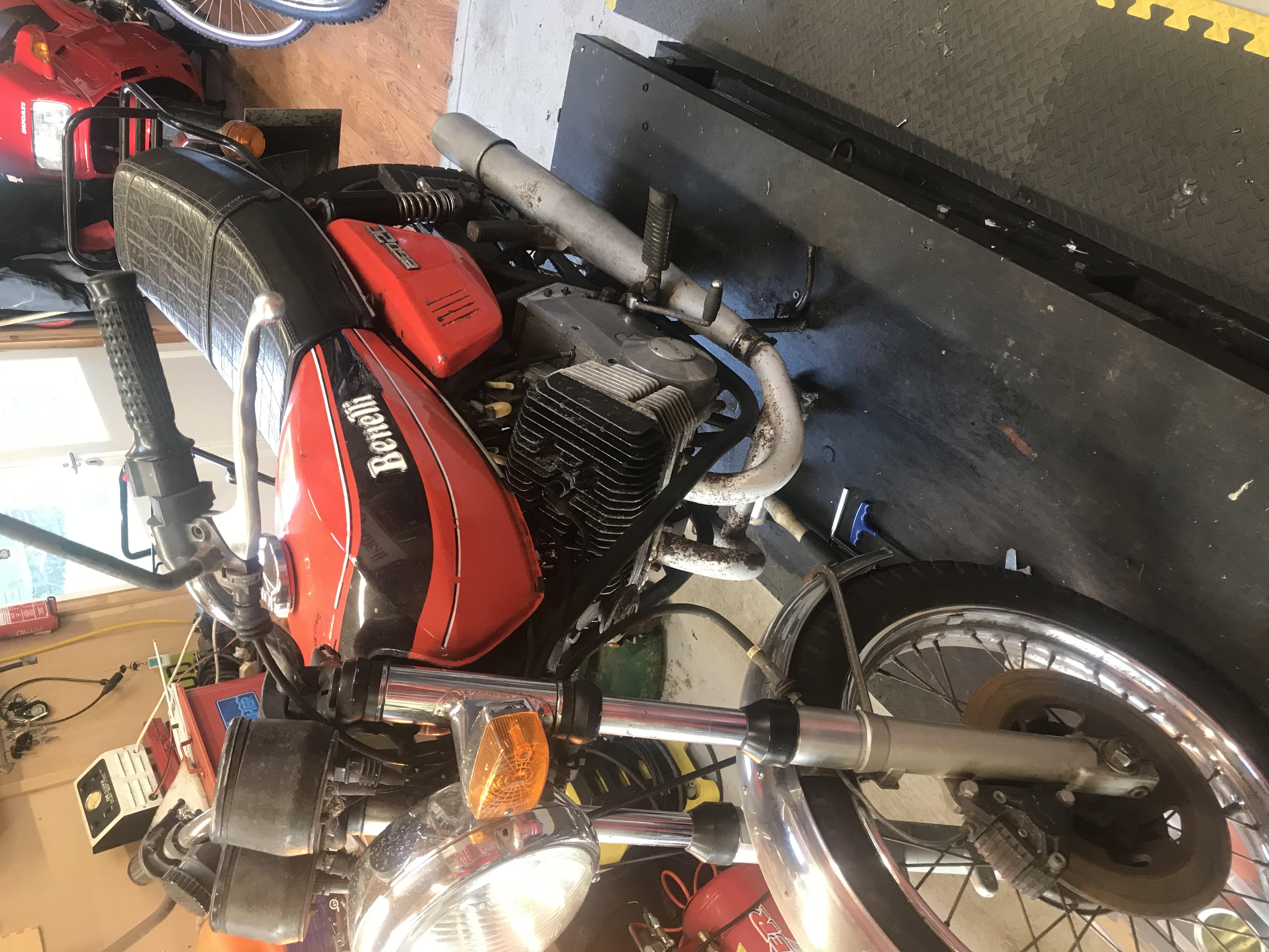 Benelli 250 2c Restoration-1d6abc4e-ce17-40b0-a0ee-310ec8d58009.jpeg