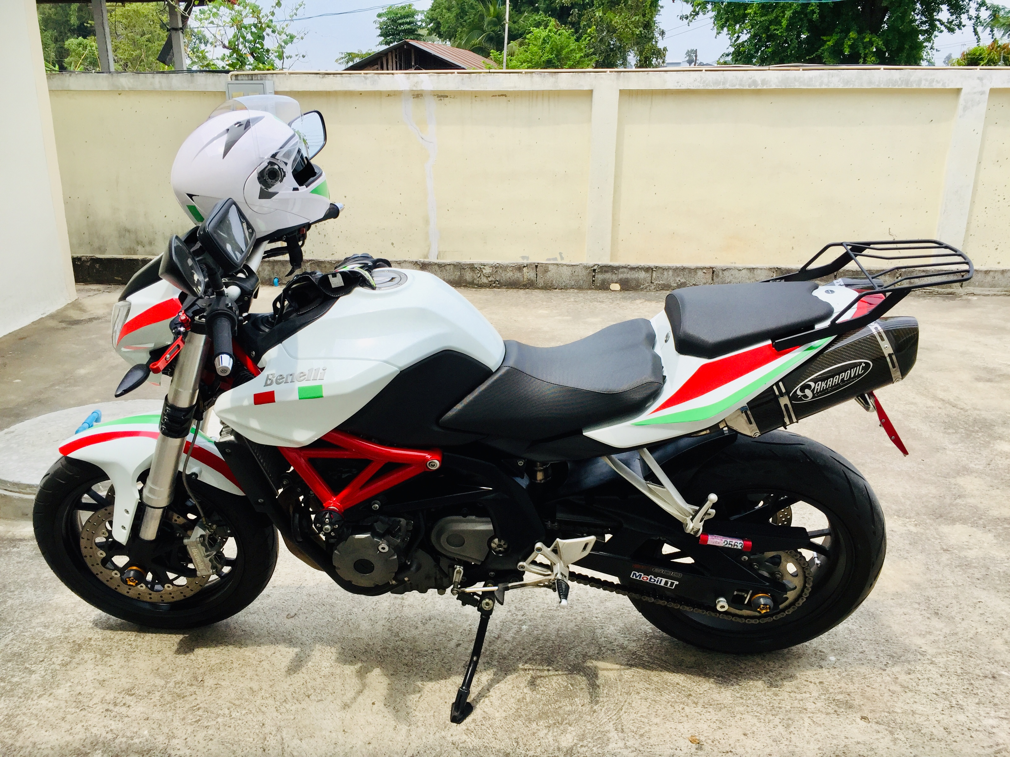 Wanted to buy a Honda CB650 but bought a Benelli bn600J instead.-25ecc023-1baa-4ac6-9603-523f7a57ccee.jpeg