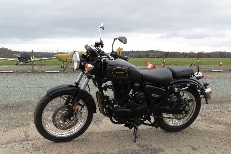 Hi - New owner here-benelli_imperiale_400_2019_20200129_02_halfpenny_green_airfield_1.jpg
