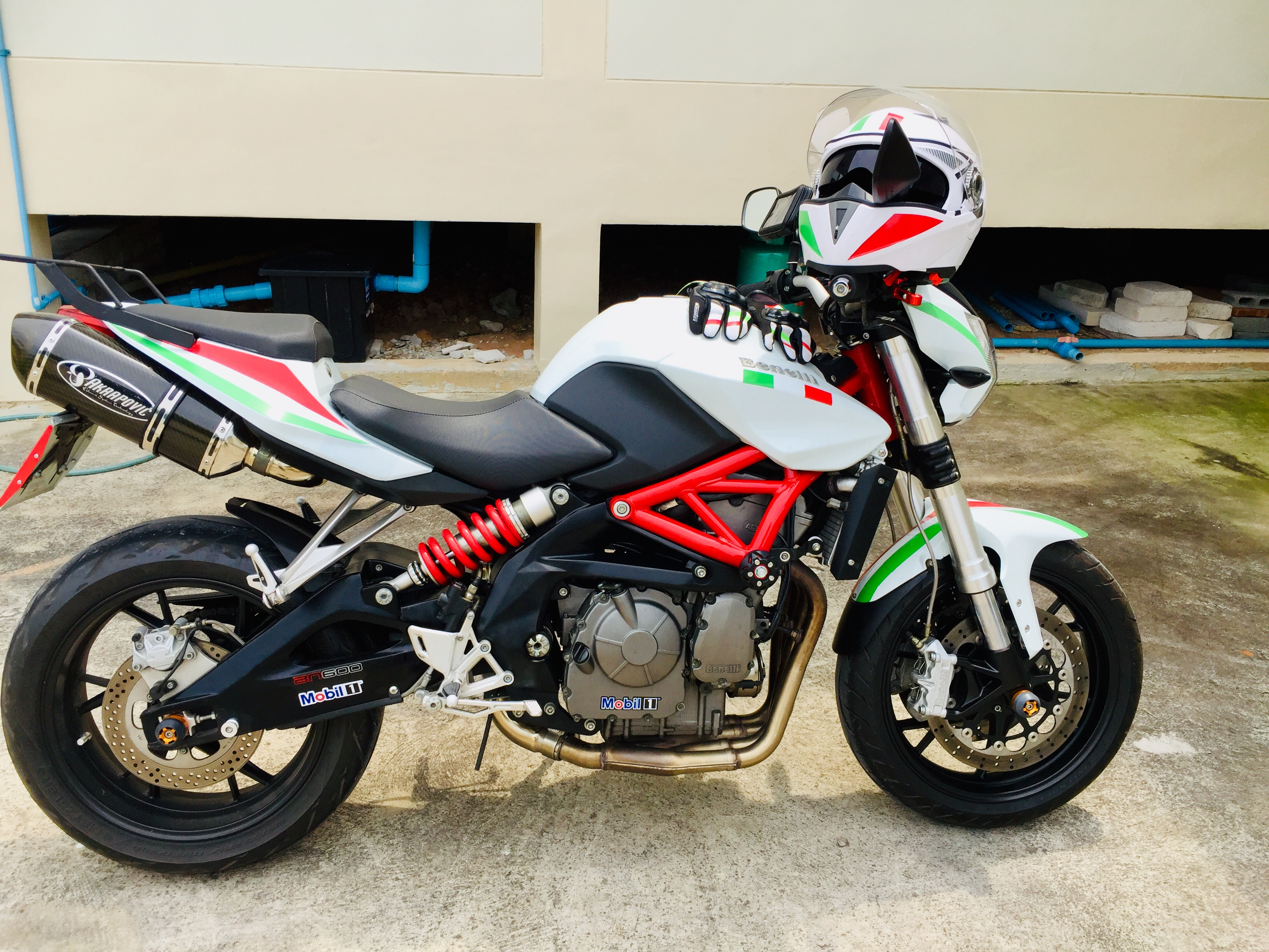 Wanted to buy a Honda CB650 but bought a Benelli bn600J instead.-df586c8b-3da7-4d61-9796-54d9af7b301e.jpeg