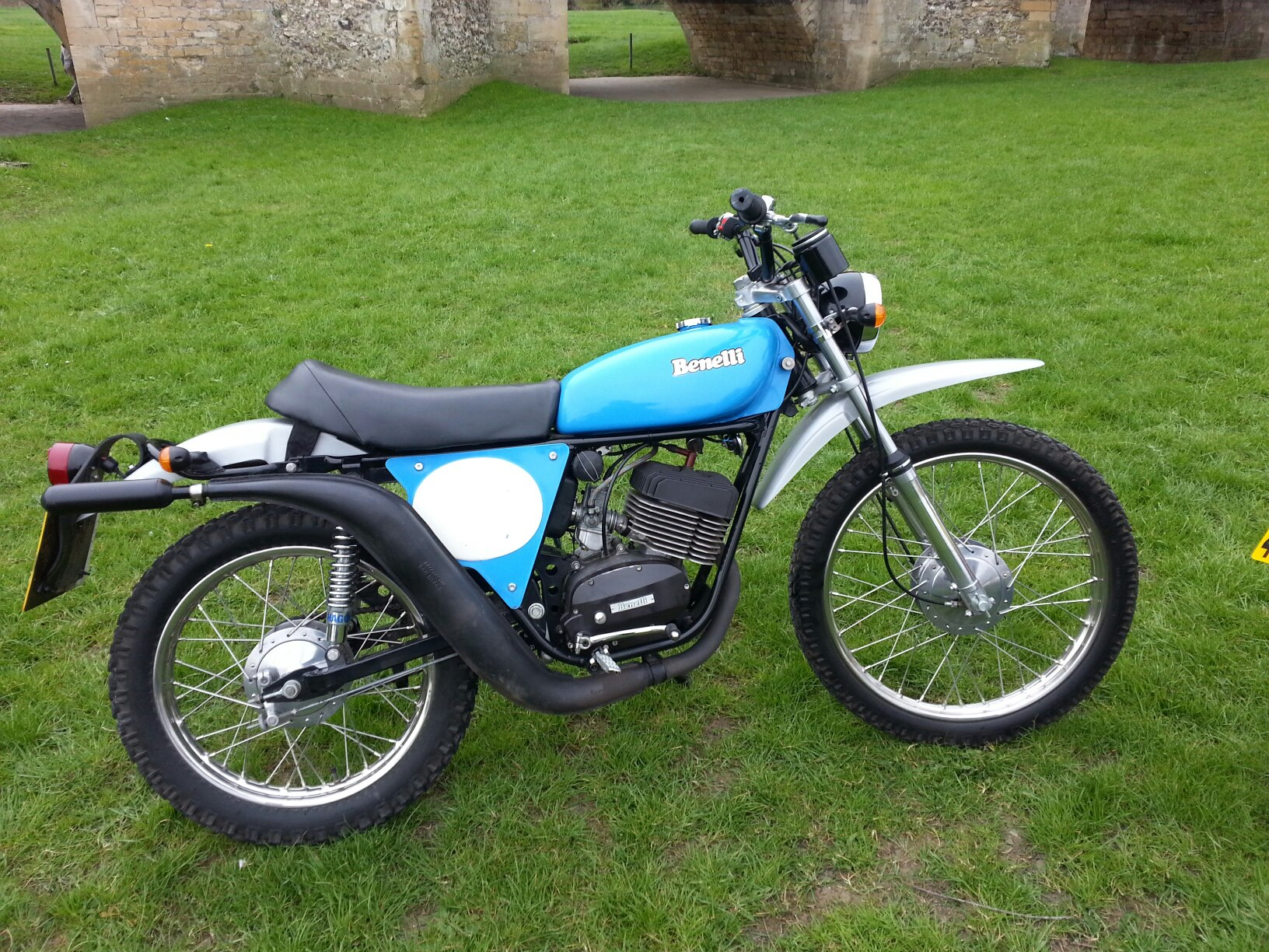 benelli 125 cross project parts help please-img_0016.jpg