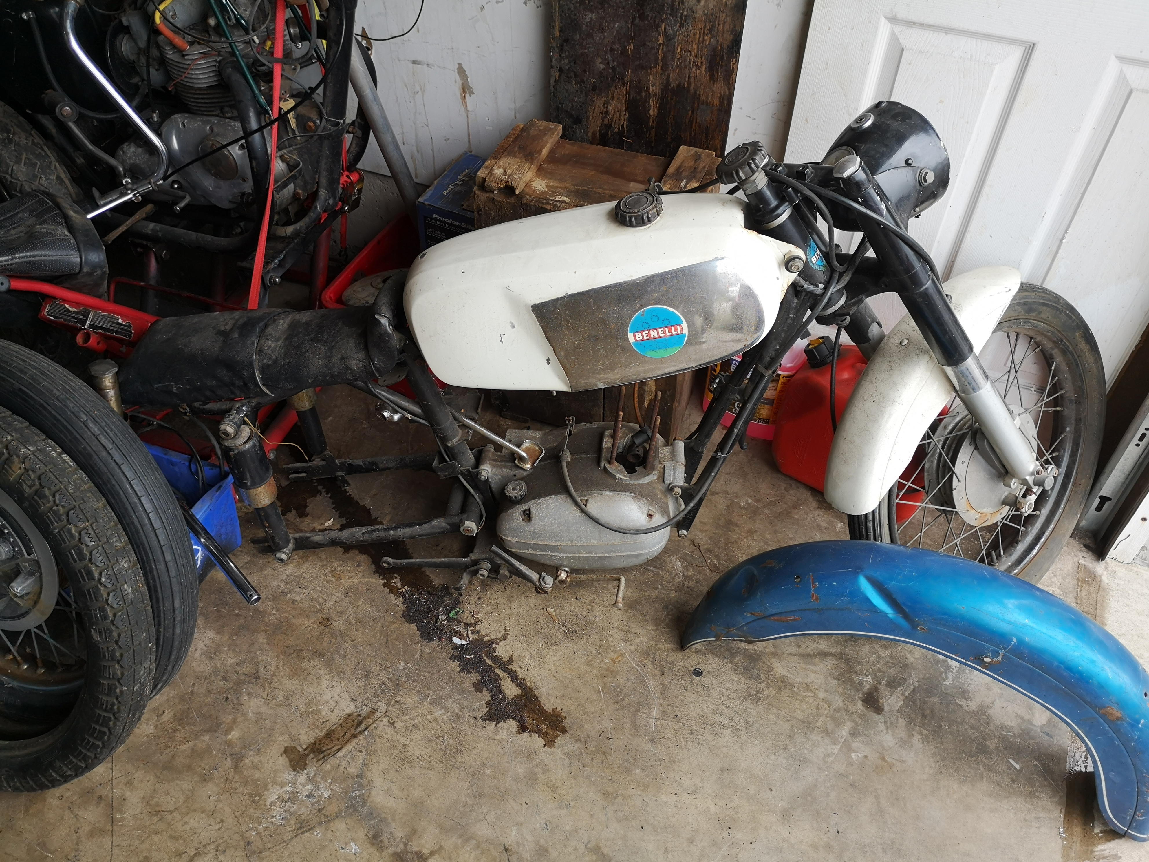 What year and model is this Benelli?-img_20190501_155844_1556880010481.jpg