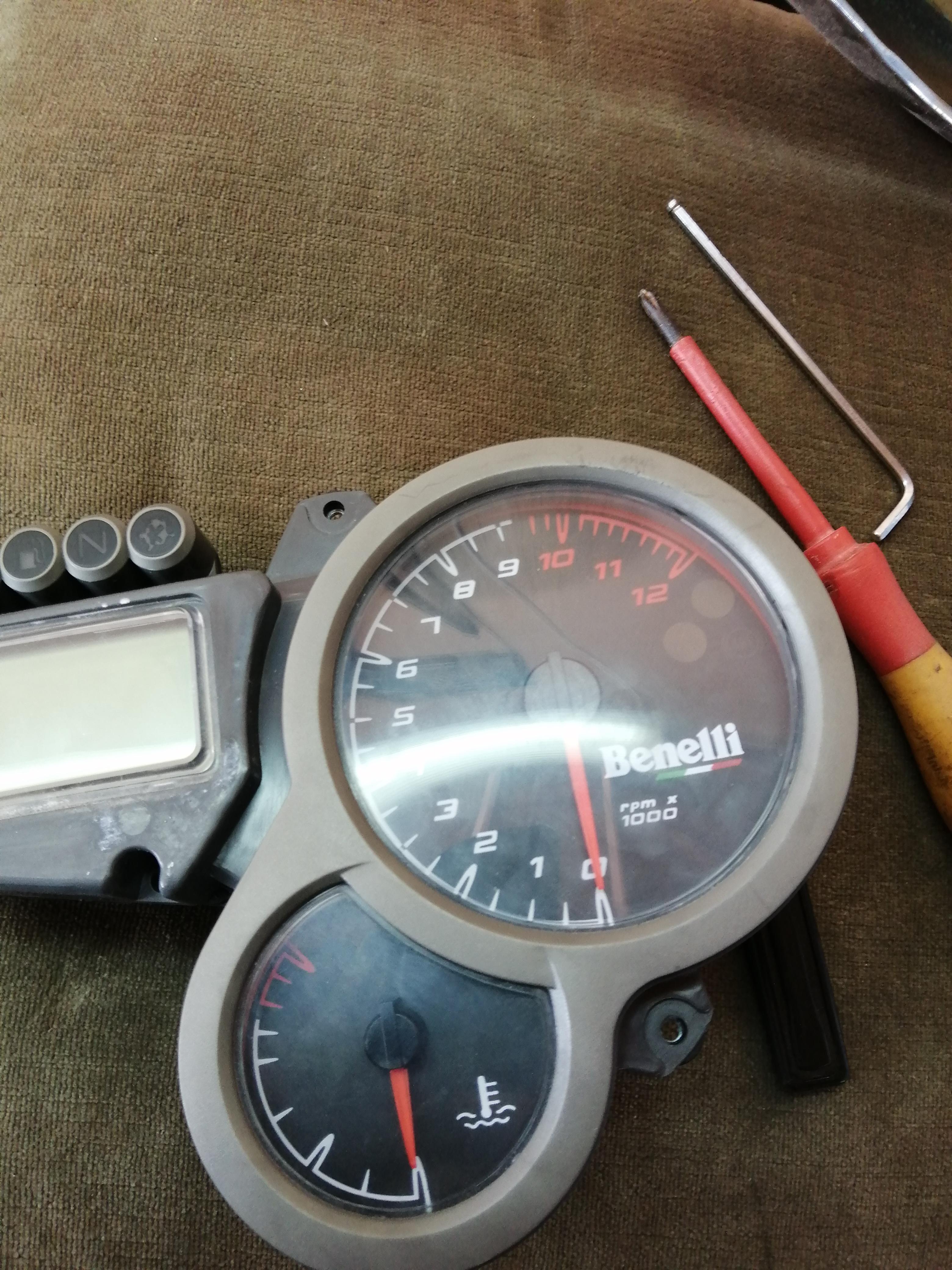 Needle RPM gauge stays at 4000rpm-img_20200203_100232_1580766429918.jpg
