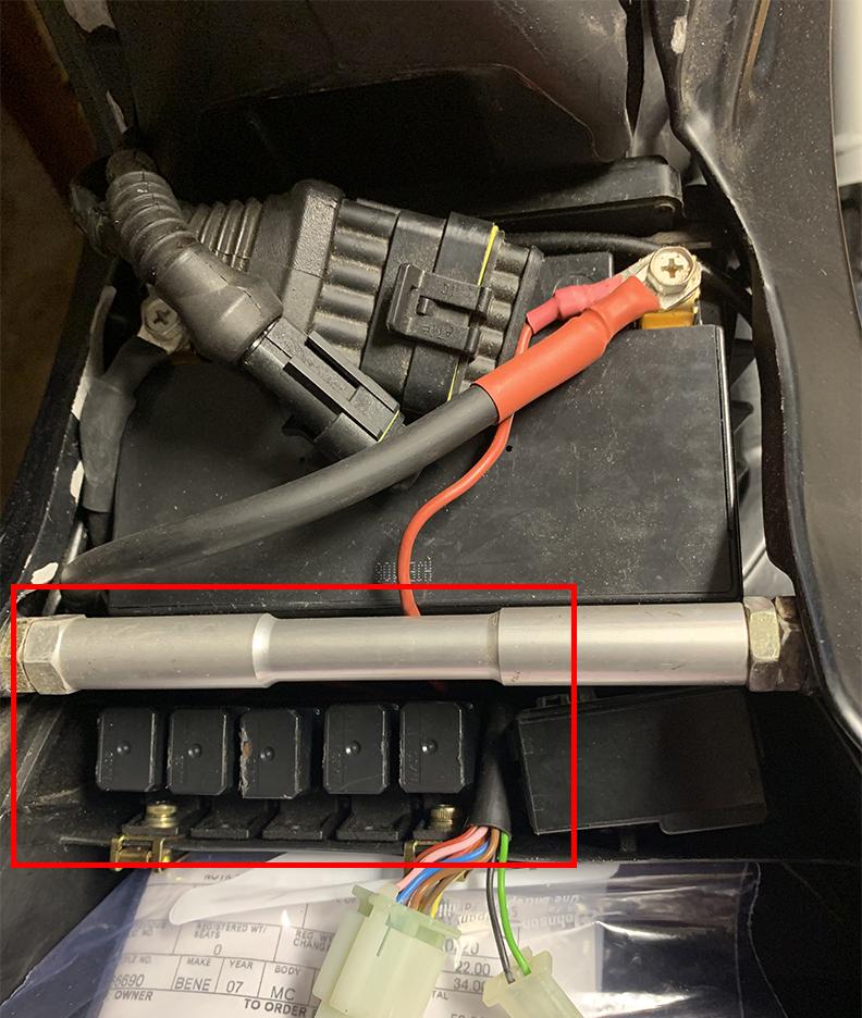 TNT Headlight issue-relays.jpg