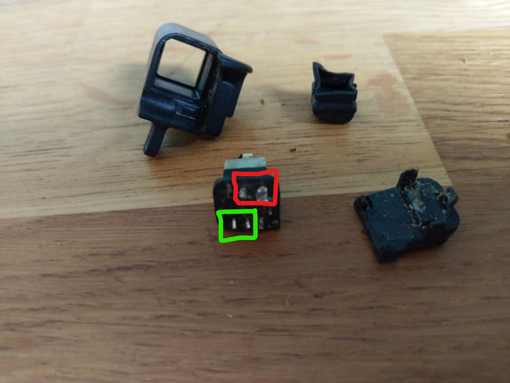Shortening to do list: display selection switch, mirrors, and adjustable clipons-switch-repair-1.jpg